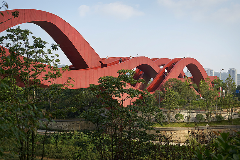 next-architects-red-lucky-knot-bridge-changsha-hunan-china-designboom-01