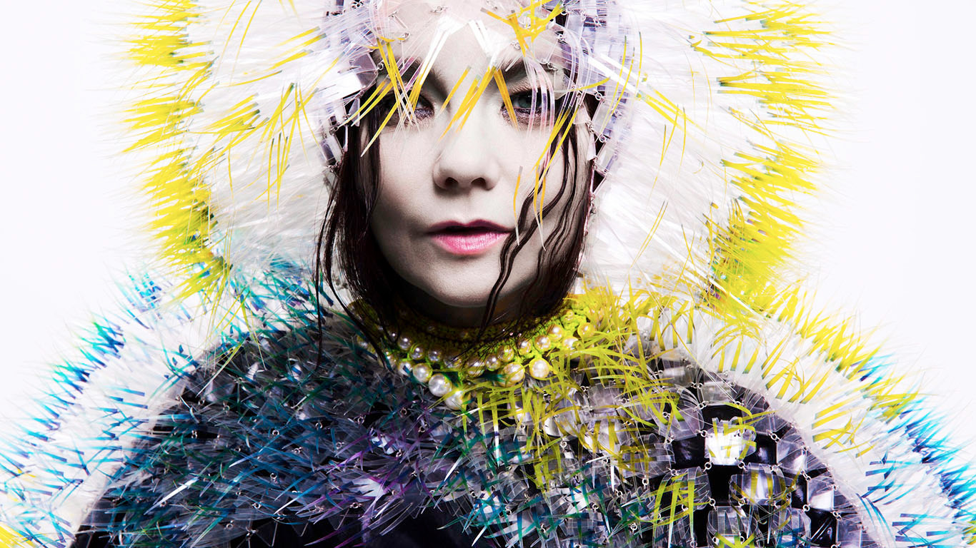TheCreativeNet - Bjork retrato